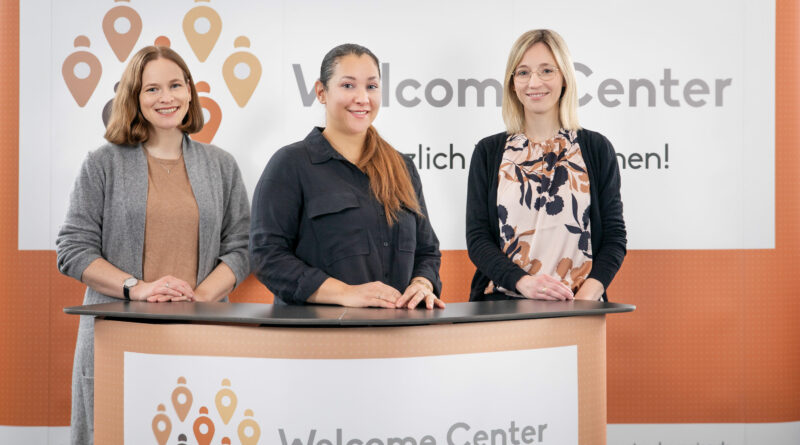 Das Beratungsteam des Welcome Centers der Region. Von links Simuna Karadzic-Nahler, Houda Araar-Makhlouf und Simone Lange