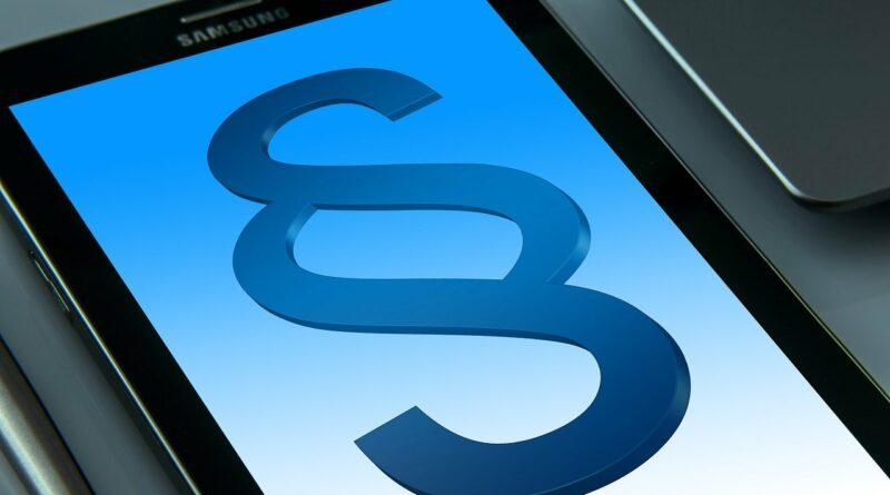Die Netiquette regelt die Kommunikation im Netz und den respektvollen Umgang.