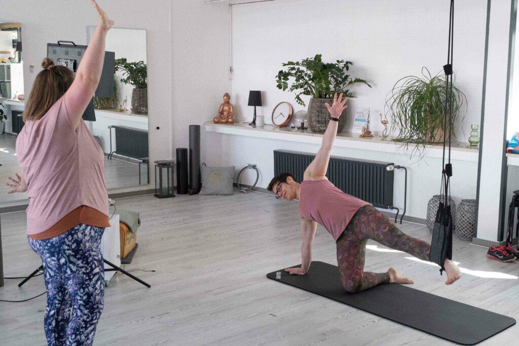 Mit dem Sling-Training lässt sich fließende Bewegung effektiv ausführen