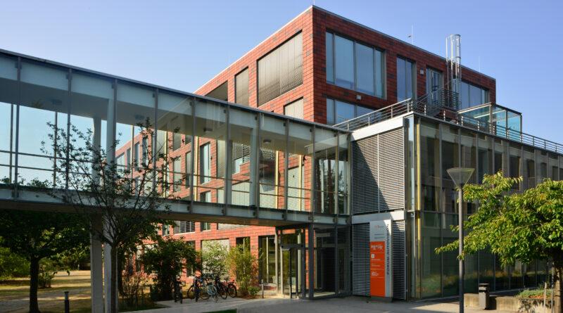 Außenansicht auf den Eingang zum InnovationsCampus