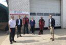 Oberbürgermeister Klaus Mohrs besucht UM Service in Brackstedt